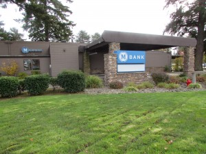 One of MBank's brick and mortar locations in Lake Grove, OR.